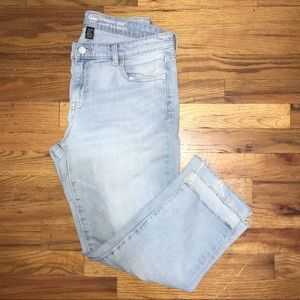 Gap Cropped Straight Jeans